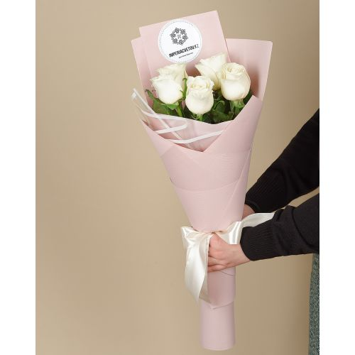 Купить на заказ Букет из 5 роз с доставкой в Серебрянске