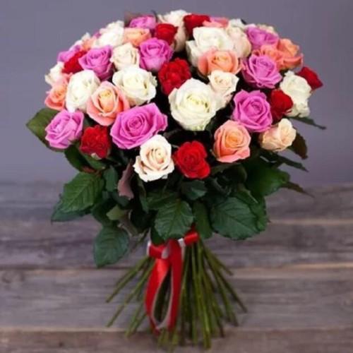Купить на заказ Букет из 31 розы (микс) с доставкой в Серебрянске